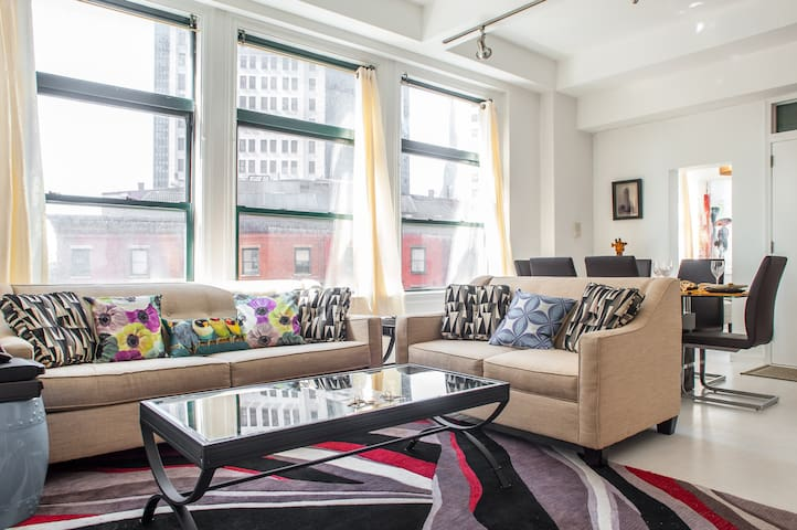 WATER VIEW 4 BEDROOMS LOFT!! - New York - Apartment