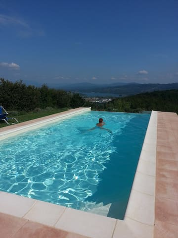 Apartment in the green Tuscany Mugello with pool - Barberino di Mugello - Apartamento