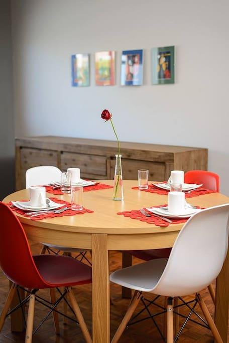 Sala do pequeno almoço / estar