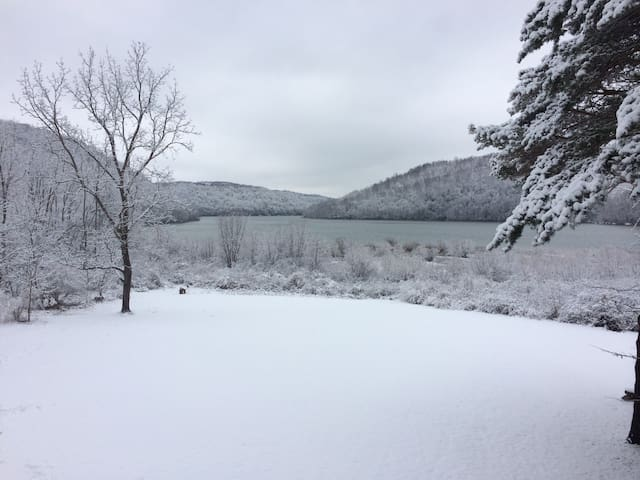 Yough lakefront WISP Deep Creek SKI - Friendsville