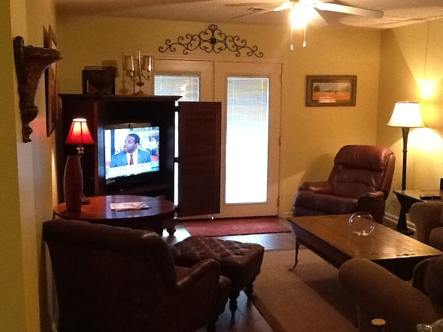 Comfortable cottage in oxford ms apartments for rent One bedroom apartments oxford ms