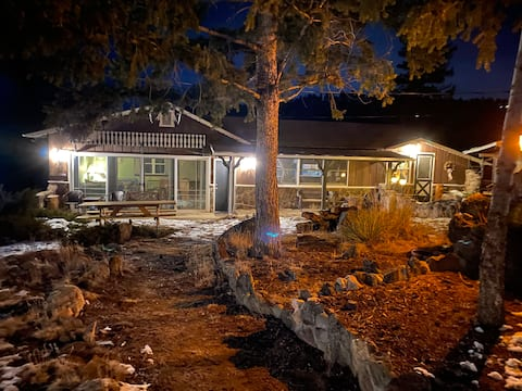Pine Mountain Cabins - Studio Only