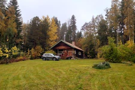 Mysig stuga i Oxberg...träna och njuta naturen!
