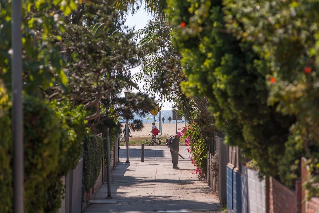 A view from our property to the water, on our exclusive walk street. This shows how truly close we are to the ocean (less than 1 minute walk!).