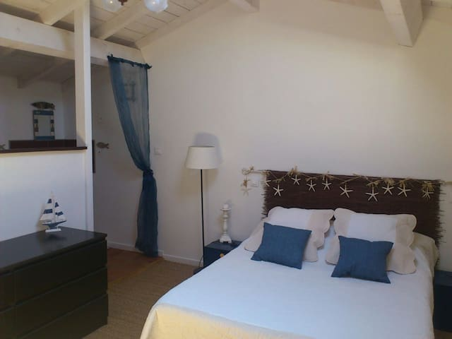 80m2, spa privé sur terrasse - Peyriac-de-Mer - Appartement