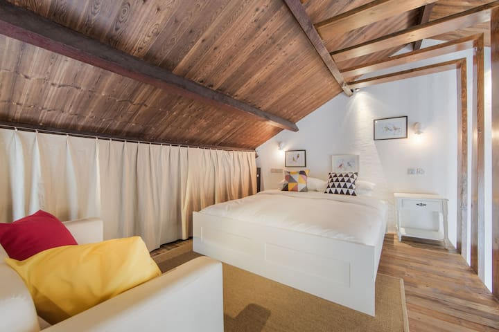 Relax in a comfy king sized bed on the second floor