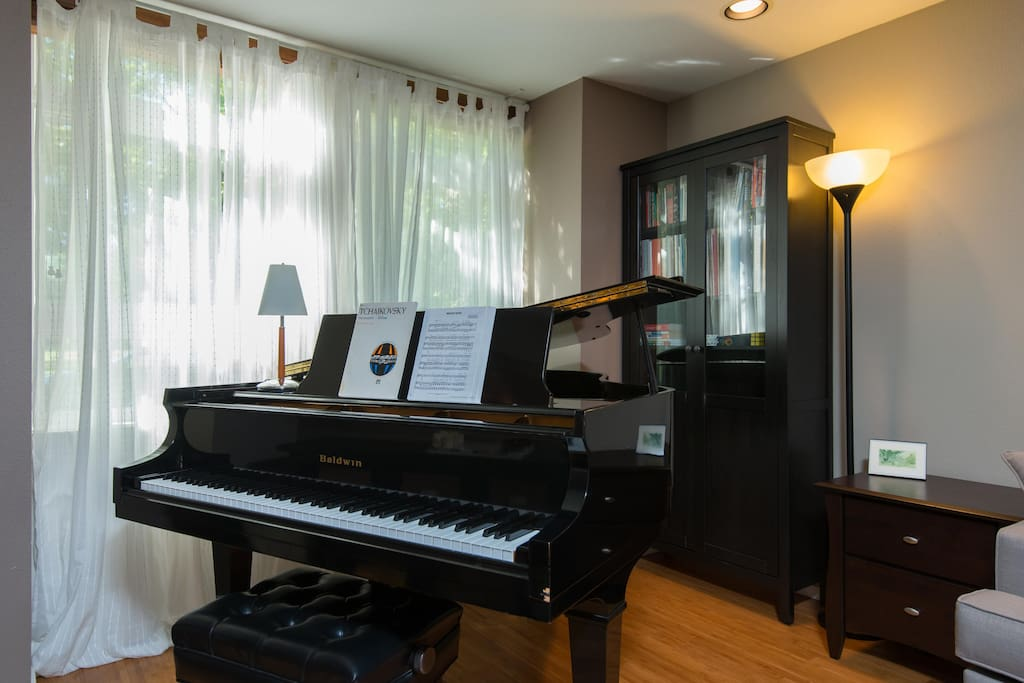Help yourself to the grand piano in the living room.