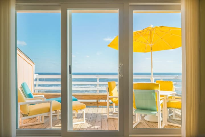 """Seas The Moment"" OCEANFRONT!!! - Carolina Beach - Pis"