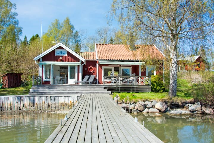 The Villa by the Sea - Norrtälje SO - บ้าน