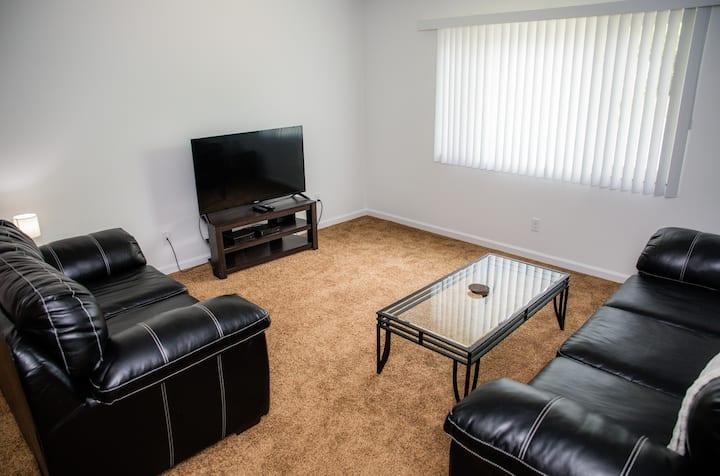 92-6|Brand New! Modern 1-bedroom Apartment