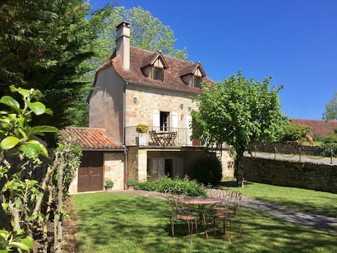 Small Quercy house completely restored