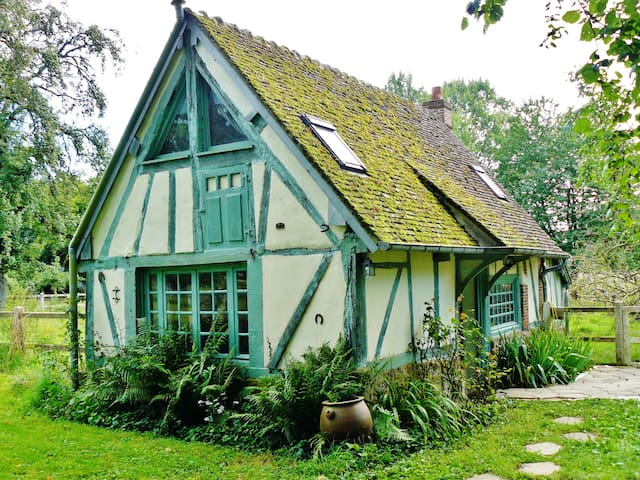 Little cottage in a large garden - Guernanville - Huis