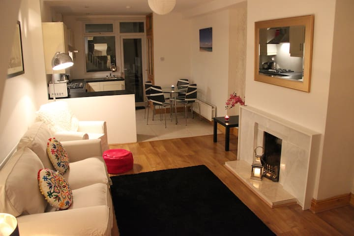City Centre Modern Townhouse - Dublin - Ev