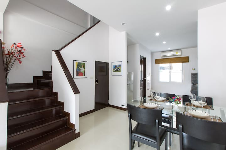 2 BRs,4 Sleeps Townhouse in HuaHin  - 華欣 - 獨棟