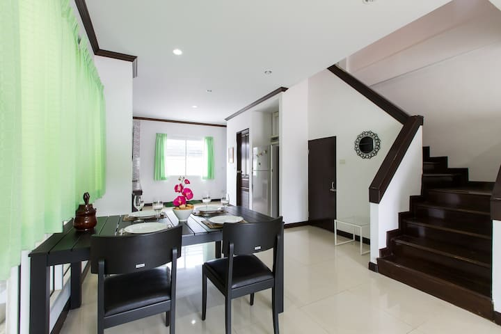Town House for Rent in Hua Hin. - ตำบล หัวหิน - House