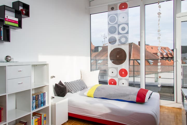 Elegantes Zimmer Penthousewohnung - Tettnang - Appartamento