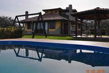 Charming Sizilien Villa w/swimmingpool near  Sea - Torrenova - Rumah