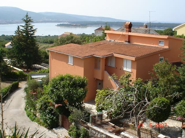 Monolocale in villa - Kornić