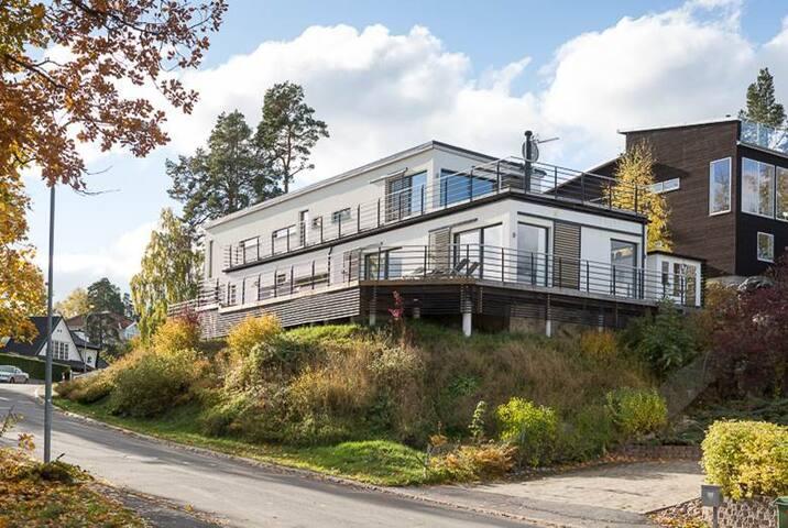 Exclusive villa near the beach - Lidingö - Dom