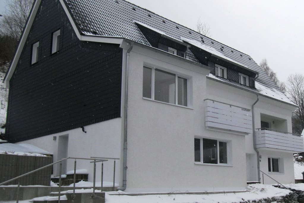Nice cottage in rural setting houses for rent in for Big houses in germany