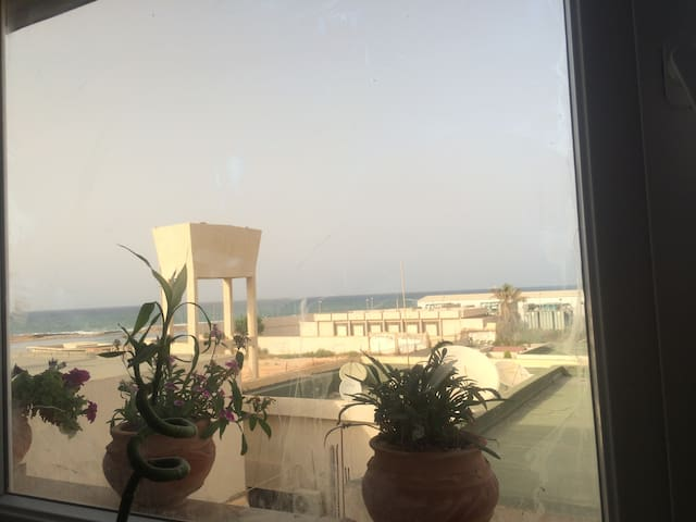 Sunny new apartment with Sea View  - Tripoli - Leilighet