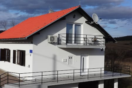 VIP studio apartments & room Plitvice Lakes - Oštarski Stanovi - House