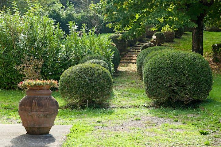 Stunning Villa in Tuscany - Vicchio - บ้าน
