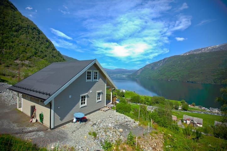 Modern cabin with beautiful views.