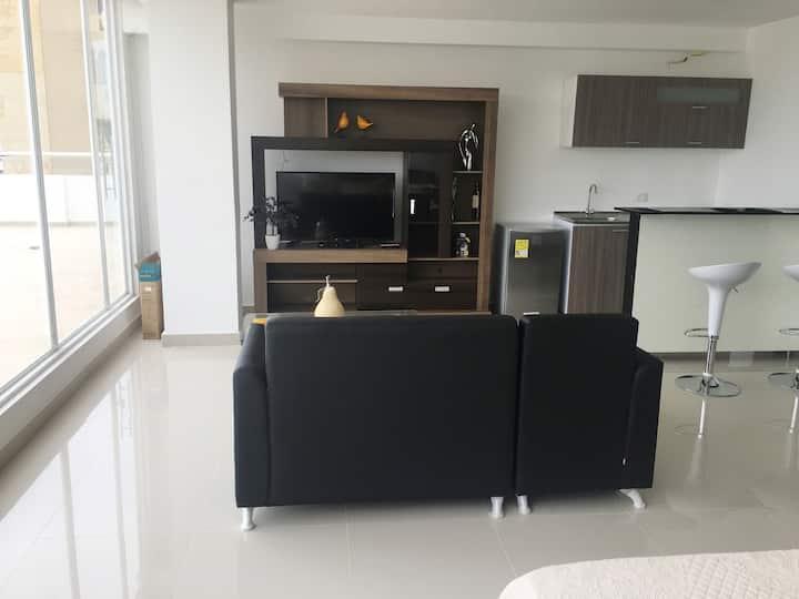 Apartamento con balcon tipo loft nuevo