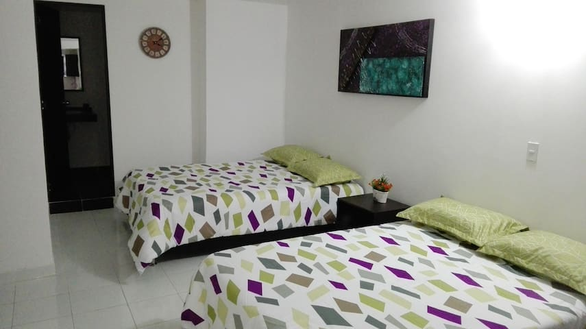 Private Room with Kitchen and Bathroom (207) - Medellín - Daire