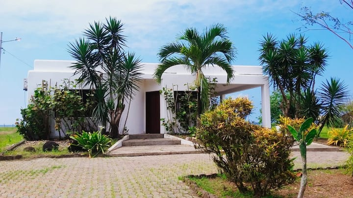 Casa Tavarua - Montañita