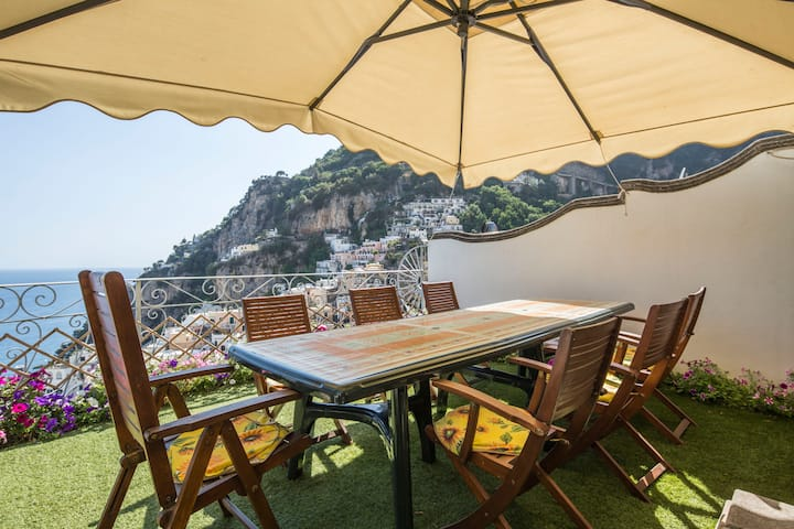 Positano center -WiFi & A/C free -Terrace sea view