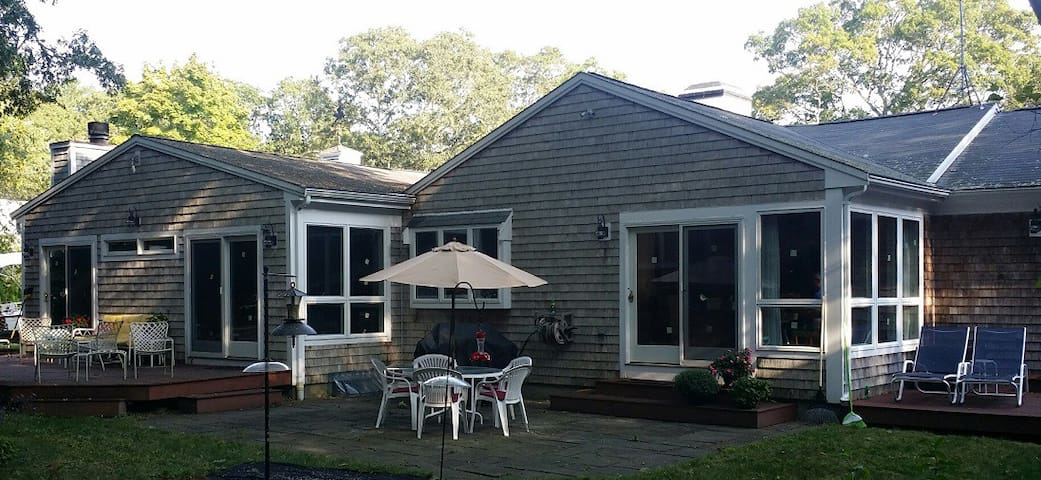 Cotuit 7 Month - for only one Renter Oct 19-May 16