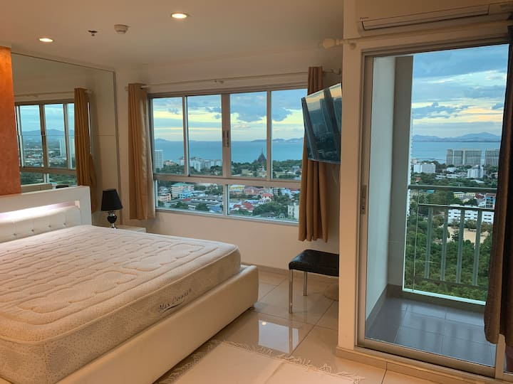 Wongamat 28 floor with sea view, 52sqm One Bedroom