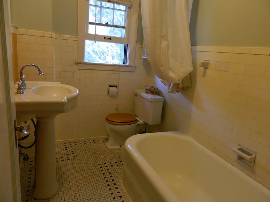 Upstairs bath, shower