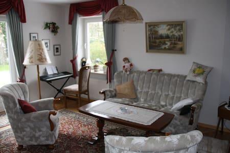 Ferienwohnung in der Nähe des Nord-Ostsee-Kanals - Ostenfeld - Apartamento