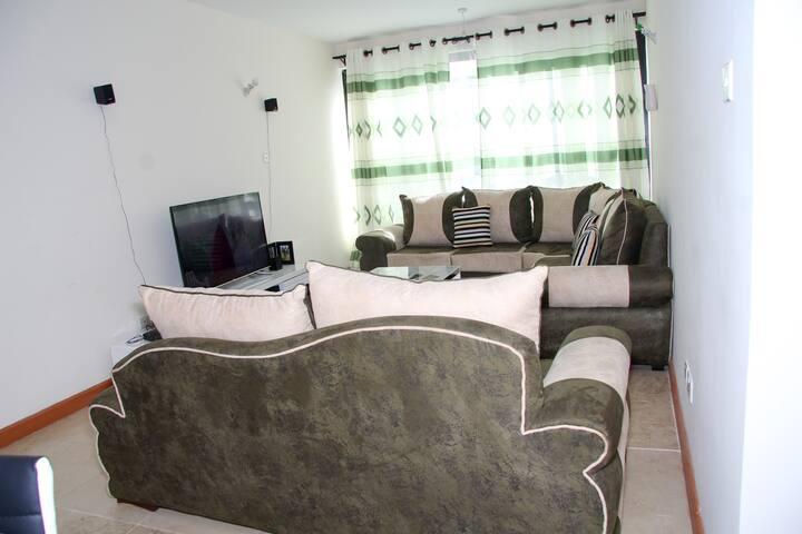 leumas airport homestay - Nairobi - Bed & Breakfast