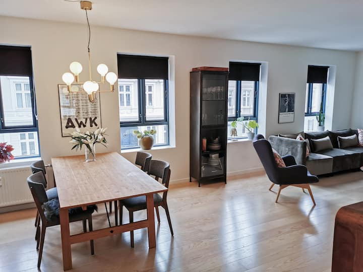 Beautiful apartment in central Vejle, 90 square M.
