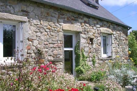 Maison bretonne à 200 m. de la mer - Crozon