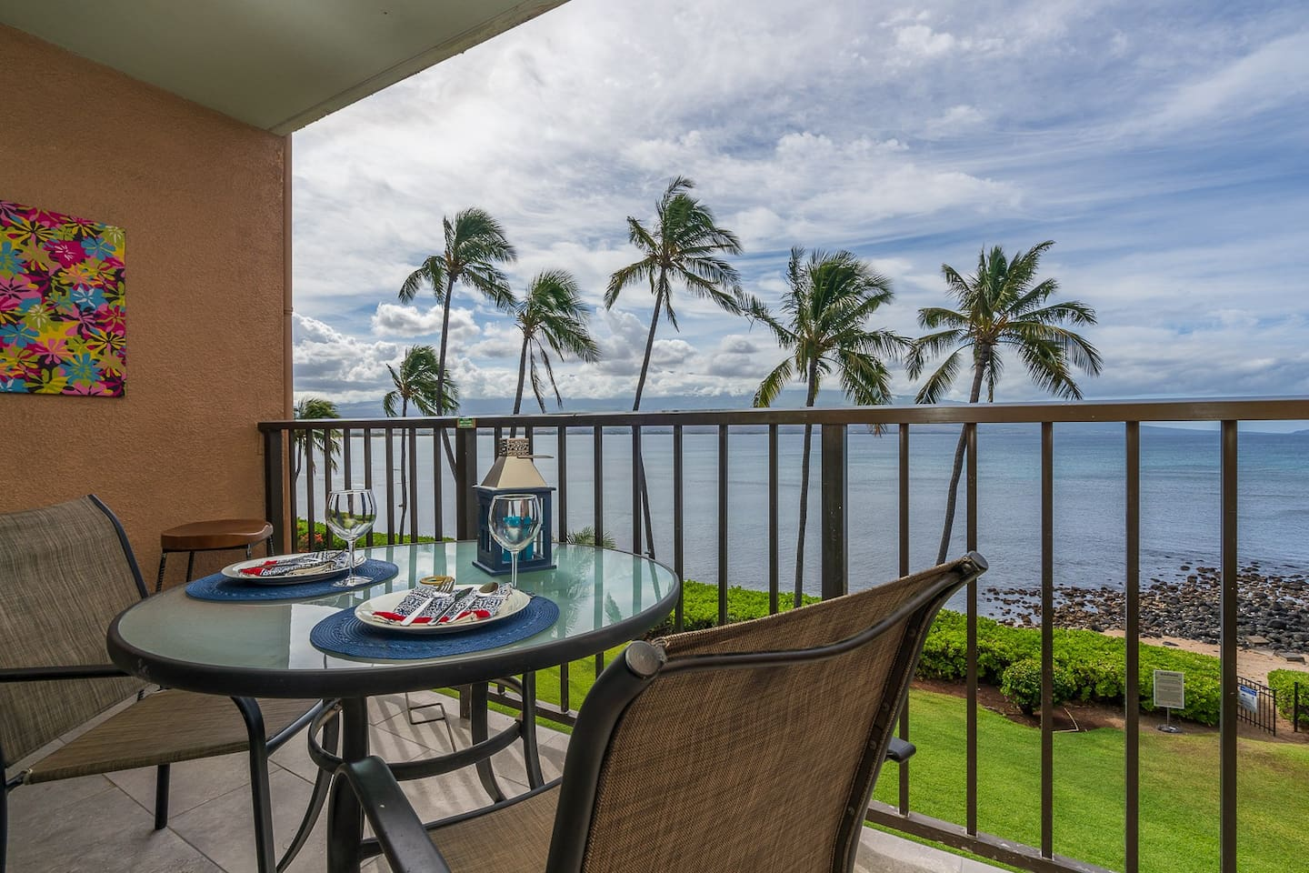 360 degree oceanfront view from lanai