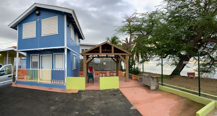 Cabaña frente playa a/c/ wifi/ parking