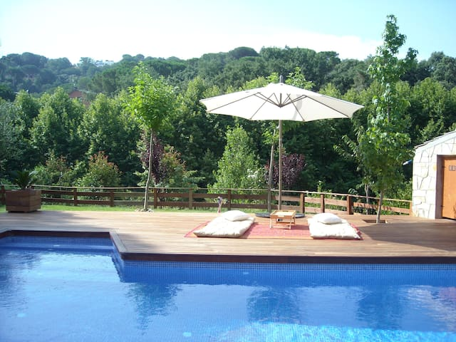 House in mountain with swimmingpool - Sant Celoni - Talo