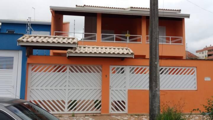 Excelente e espaçosa casa em Peruibe!!!