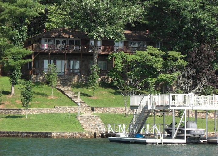 Lakeside Elegance at Cedar Cliff