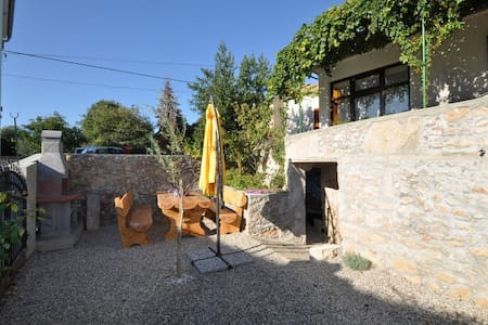 Beautiful holiday home in Risika - Risika - Byt