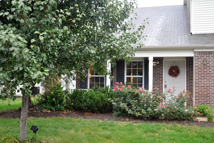 5Br Beautiful for Family & Friends - Fishers - House