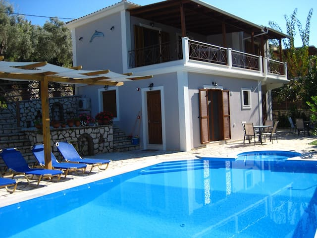 New modern apartments with pool  - Agios Nikitas - Byt