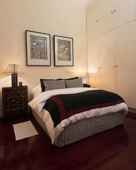 MAIN BEDROOM, QUEEN, DOWN COMFORTER, FEATHERBED, DOWN PILLOWS AND FINE WHITE LIENS  ALWAYS PRESSED