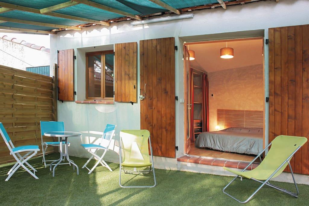 mini maison de r ve au soleil maisons louer roquefort la b doule provence alpes c te d. Black Bedroom Furniture Sets. Home Design Ideas