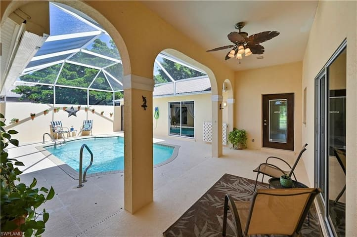 Pool house with zero cleaning fee or minimum stay!